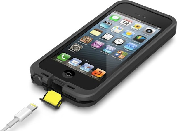 LifeProof-chehol-ot-vodu-iphone-2